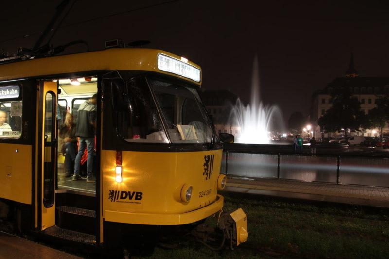 Mit der Whiskybahn durch Dresden - ´Schottische Unabhängigkeit´