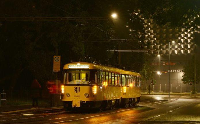 Mit der Whiskybahn durch Dresden - Nordic by nature